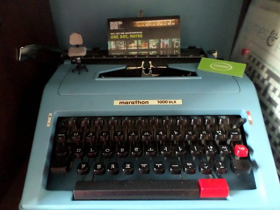 Korean Typewriter In The Common Room Picture Of Hull Trinity Hostel Kingston Upon Hull Tripadvisor