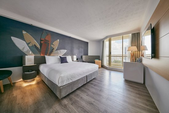Family Room Is A Winner Review Of Novotel Surfers Paradise Hotel