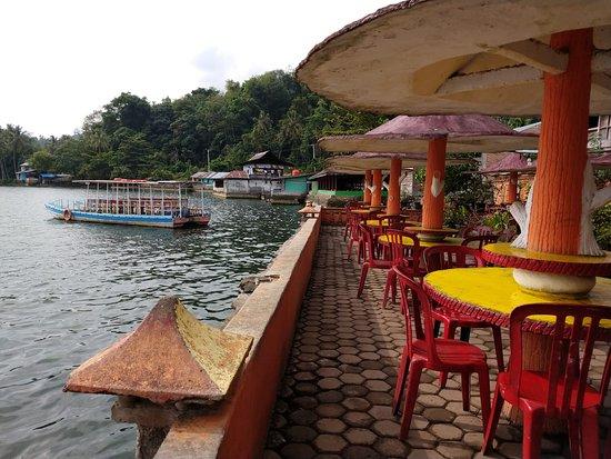 Danau Singkarak Lake Singkarak Picture Of Rachella Homestay Batusangkar Tripadvisor