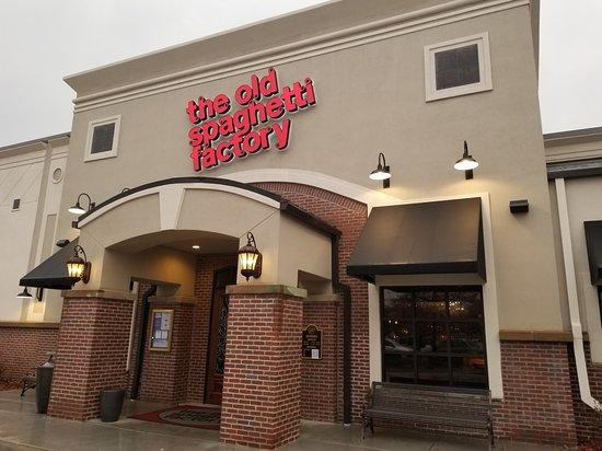 The Old Spaghetti Factory Wichita Restaurant Reviews Photos