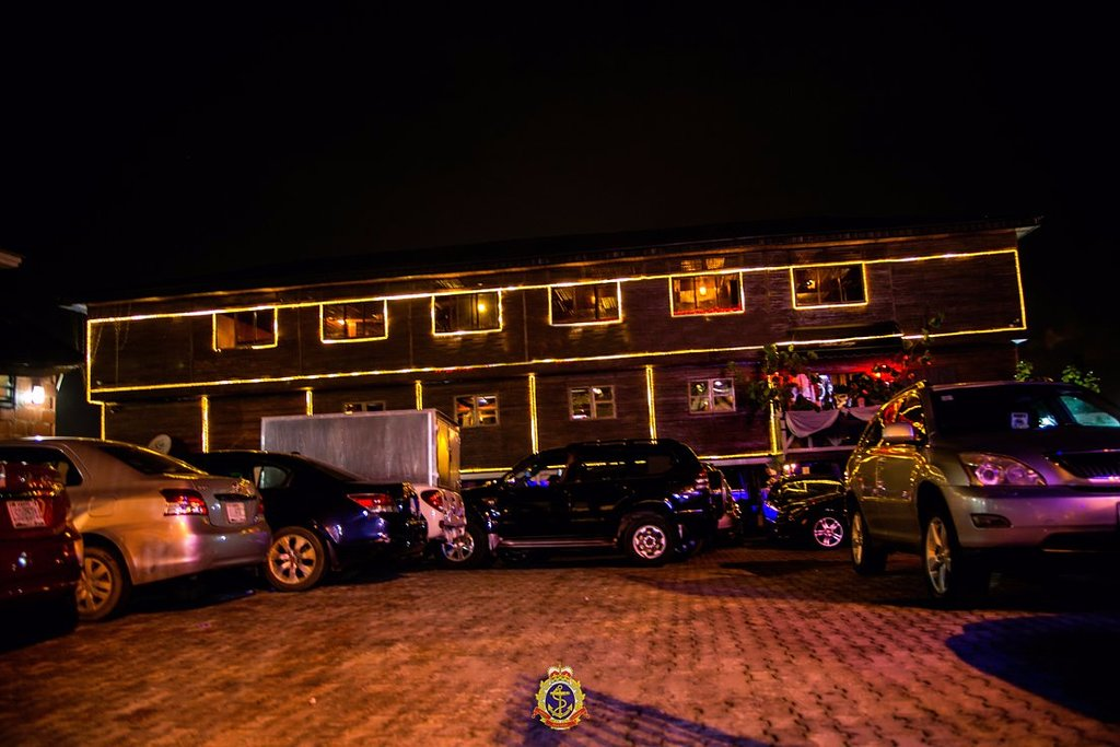 car park - Sailors Lounge: Experience Comfort In Grand Style