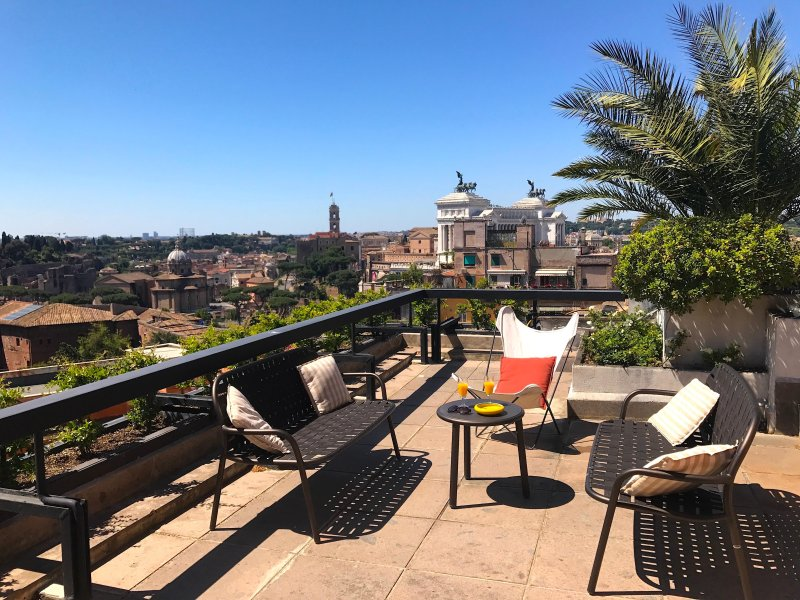 splendid rome penthouse apartment near trevi fountain with spectacular terrace
