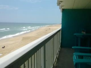 The Paisley Marlin: Nags Head OBX Oceanfront Condo
