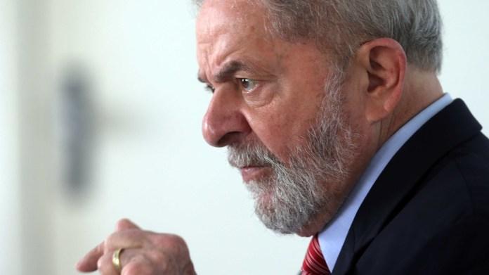 Juristas divergem sobre direito de Lula recusar semiaberto