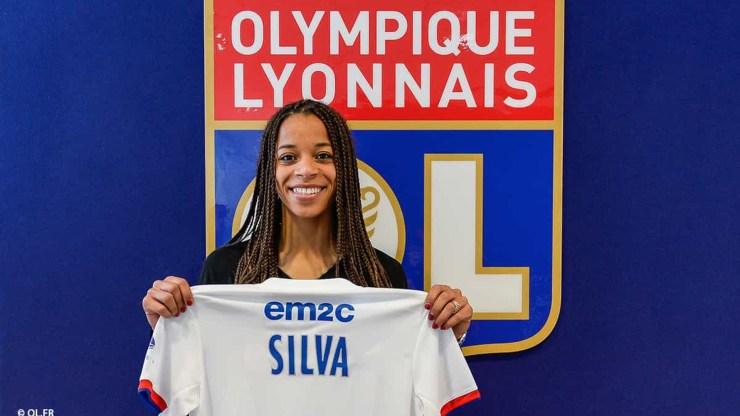 """""""Os grandes clubes já olham para a jogadora portuguesa com outros olhos"""""""