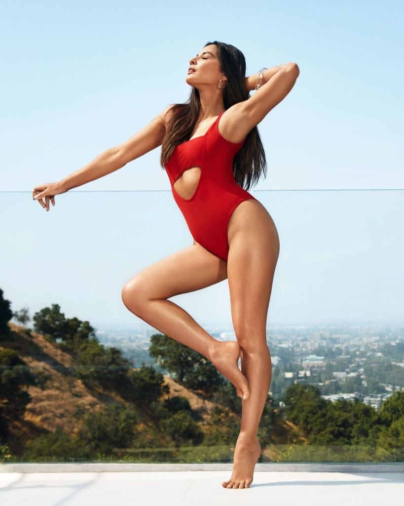 olivia-munn-women-s-health-july-august-2019-3