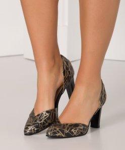 Pantofi negri cu imprimeu de culoarea bronzului