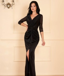 Rochie neagra lunga de ocazie tip sirena cu aplicatii cu sclipici cu decolteu in v decupata in fata pe picior