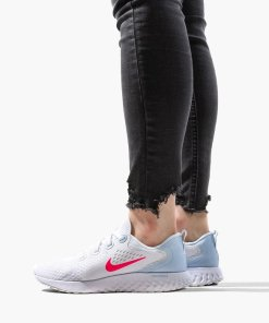Nike Legend React WMNS AA1626 102