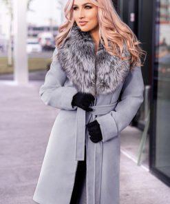 Palton dama gri scurt cambrat cu guler din blana naturala de vulpe argintie Darcy