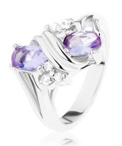 Inel argintiu, zirconii în culoare transparentă şi violet deschis, spirală dublă