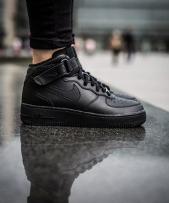 Sneakersi pentru femei Nike Air Force 1 Mid (GS) 314195 004