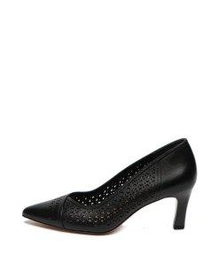 Pantofi de piele cu varf ascutit si perforatii