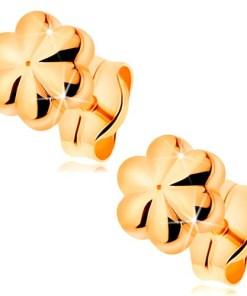 Cercei cu șurub realizați din aur galben de 14K - floare mică lucioasă cu crestături