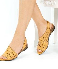 Sandale dama din piele naturala Girona galben inchis