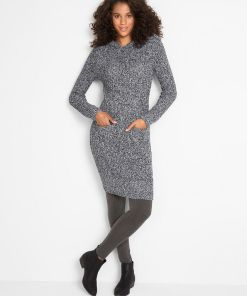 Rochie tricotată cu glugă - negru