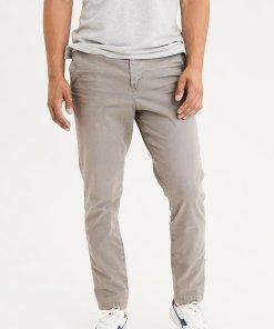 Pantaloni chino cu buzunare laterale 2724600
