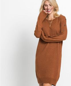 Rochie tricotată, nasturi imitație con - maro