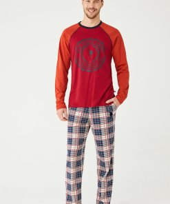 Pijama cu model in carouri si logo 3196377