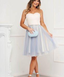 Rochie SunShine albastru-deschis de ocazie in clos din tul cu bust tip corset cu umeri goi