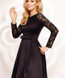 Artista rochie neagra scurta in clos de ocazie maneci transparente
