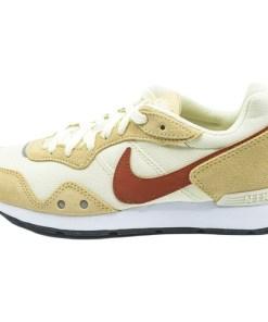 Pantofi sport femei Nike Venture Runner CK2948-105