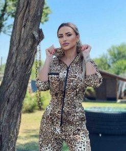 Salopeta dama din denim leopard story cu maneca