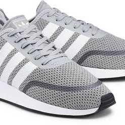 Nalani Runner Cls von Adidas Originals in grau für Herren. Gr. 45 1/3,46