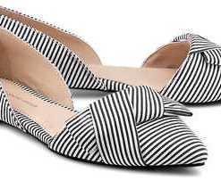 Trend-Ballerinas von Cox in schwarz für Damen. Gr. 41