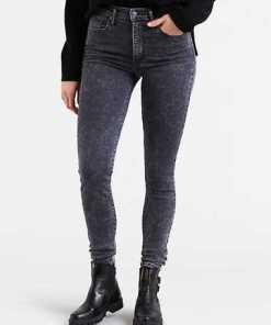 """""""Mile High Super Skinny Jeans"""""""