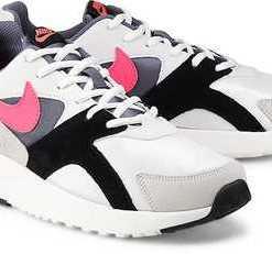 Sneaker Pantheos von Nike in weiß für Herren. Gr. 41,45,47 1/2