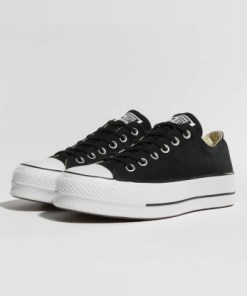 Converse Frauen Sneaker Chuck Taylor All Star Lift OX in schwarz