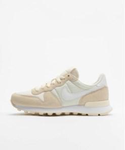 Nike Frauen Sneaker Internationalist in beige