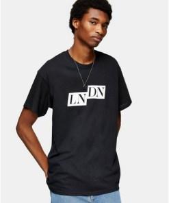 T-Shirt mit eckigem 'London'-Print, schwarz, SCHWARZ