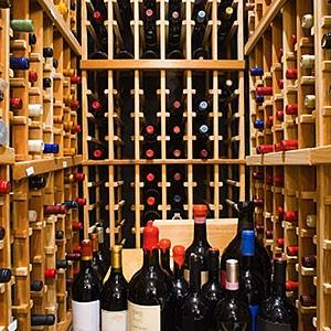 Image: Wine © Carlos Davila, Photographer
