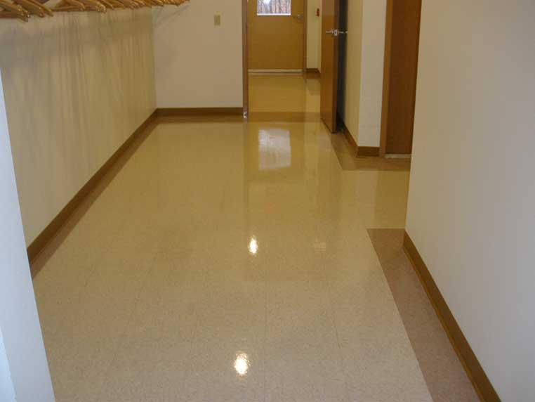 vinyl composite tile features pros and