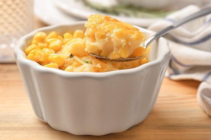 This Easy Corn Casserole Recipe Has 5 Ingredients Is Ready In A Jiffy Side Dishes 30seconds Food