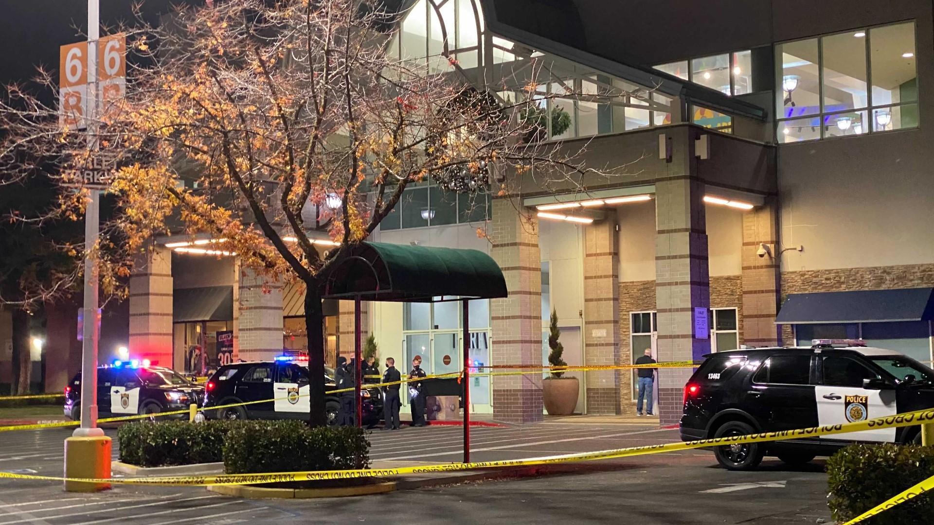 Sacramento Police Investigate Fatal Black Friday Shooting at Arden Fair Mall