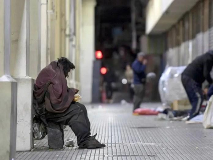 A los argentinos la crisis los encontró muy golpeados.