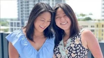 Dos gemelas separadas al nacer en Corea del Sur y adoptadas por diferentes  familias de EE.UU. se reúnen 36 años después