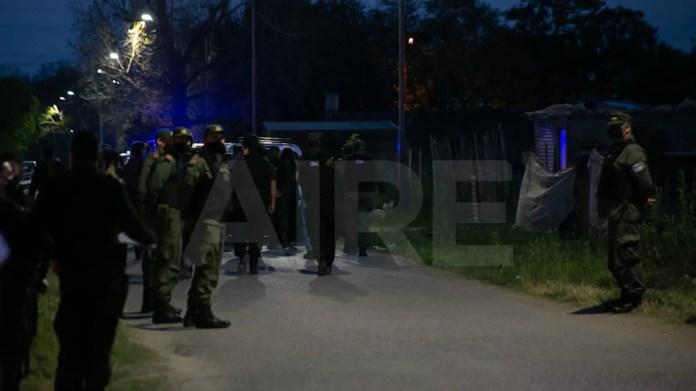 Las fuerzas de seguridad comenzaron a notificar del desalojo a las familias a partir de las 6.