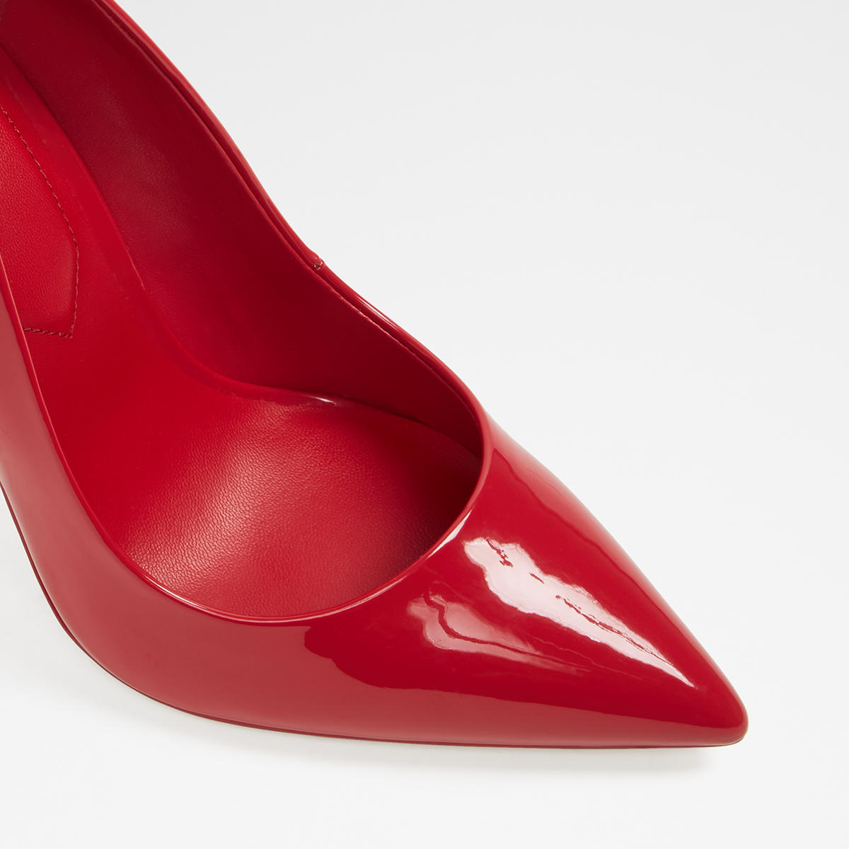 Stessy Red Womens Pumps US
