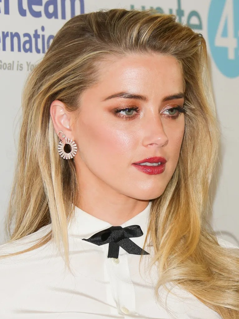 Does Amber Heard Have Pink Hair Now Allure