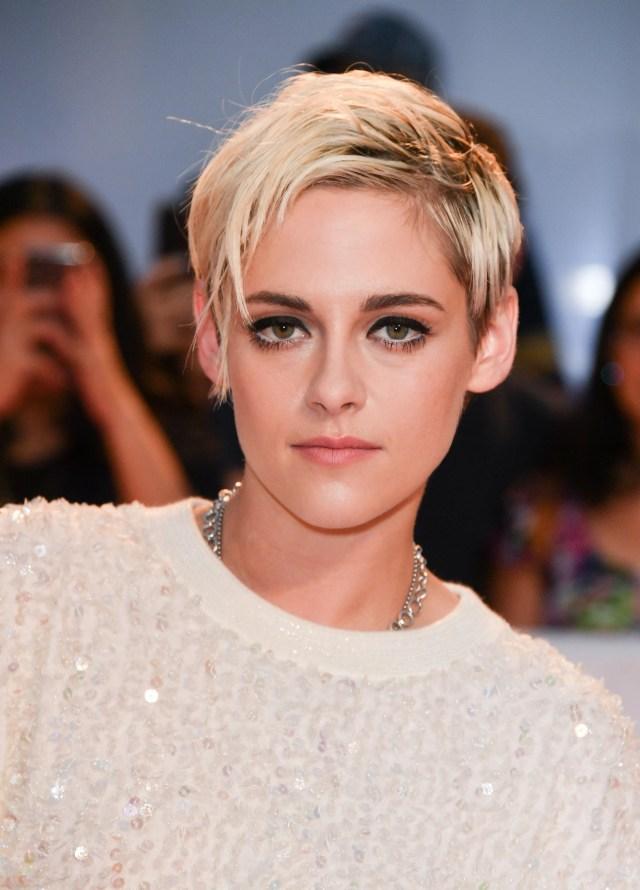 kristen stewart debuts short, blonde haircut on tiff 2018