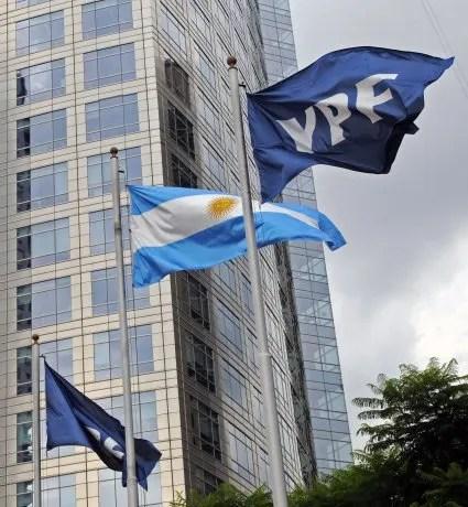 Suspenden en Nueva York juicio por reestatización de YPF hasta que se pronuncie la Corte Suprema de EEUU