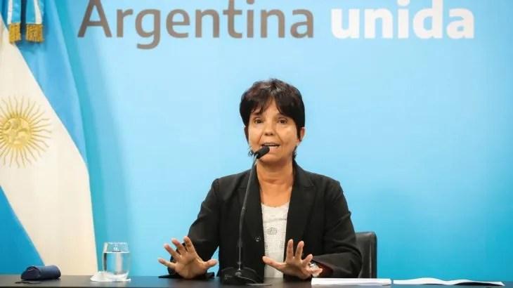 """Mercedes Marcó del Pont sostuvo que la moratoria ofrece un alivio para la situación de asfixia financiera a la que condujeron las políticas económicas del gobierno anterior"""""""