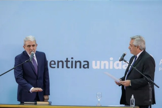 El presidente Alberto Fernández tomó juramento al nuevo ministro de Seguridad, Aníbal Fernández.