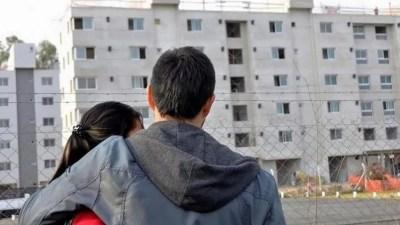 """""""En la actualidad el crédito está orientado a una minoría de la población que tiene las necesidades habitacionales resueltas. Una persona para acceder a un préstamo necesita justificar ingresos por no menos de $250.000 mensuales"""", afirma un empresario vinculado a la industria de real estate."""