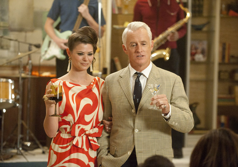 Jane and Roger at the Drapers' party, Mad Men season 5, episode 1-2