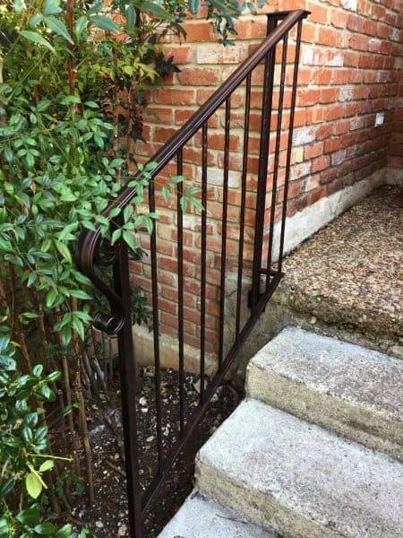How To Paint Wrought Iron Railings Angie S List | Outside Metal Stair Railing | Steel | Concrete | Steel Handrail | Porch | Outdoor Stair